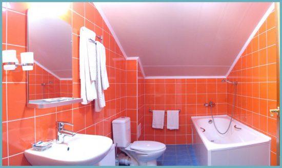 фальшь-стена для маскировки труб в ванной