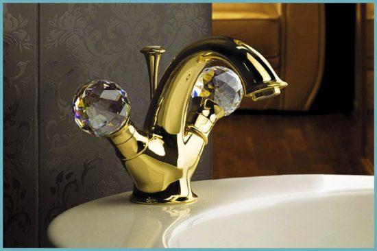 установка двухвентильного смесителя в ванной