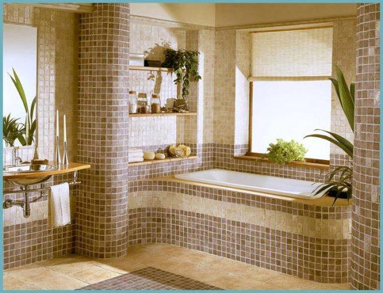 стены и ванна обложенная мозаикой