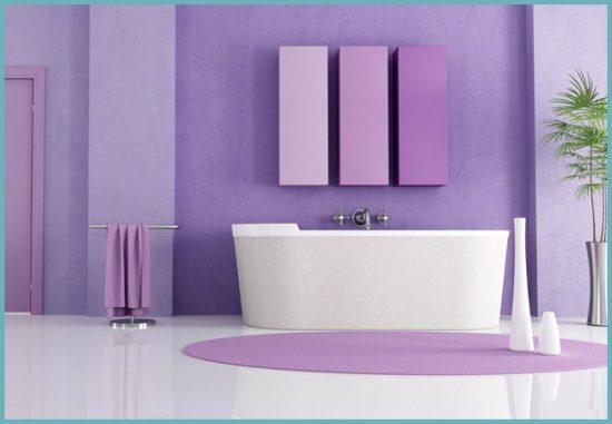 фиолетовый в интерьере ванной