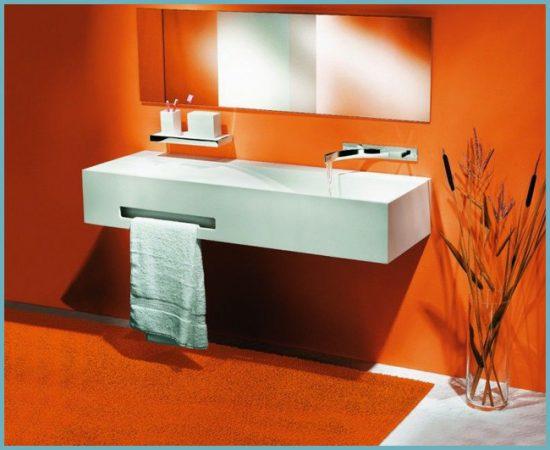 оранжевый цвет стен в ванной