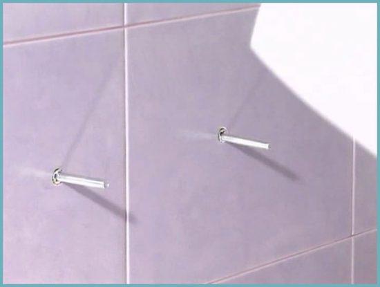 крепление раковины на шпильки