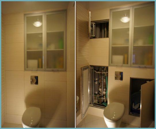 Дверь в туалете за унитазом