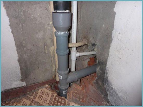 как установить канализационный стояк