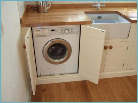 стиральная машина на кухне