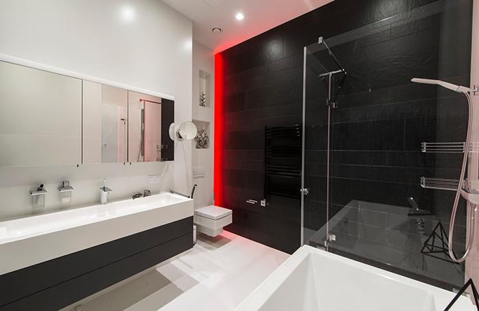 подсветка в ванной хай-тек