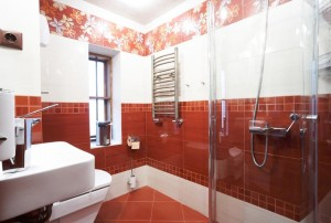 red-bathroom-designs3