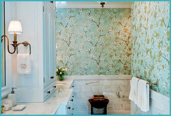 преимущества самоклеющихся обоев для ванной