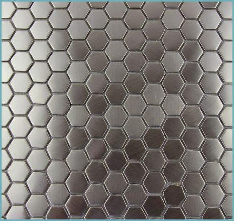 металлическая мозаика в интерьере ванной