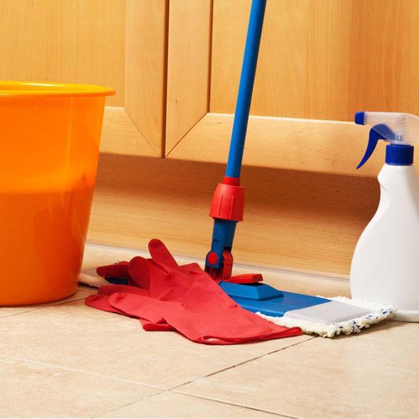 очищение межплиточных швов