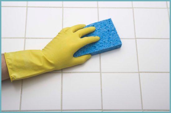 как удалить плесень в ванной