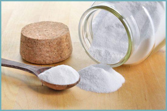 Сода абсолютно безопасна и эффективна для чистки унитаза