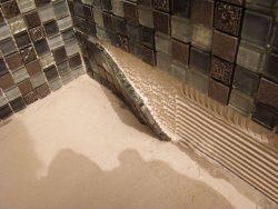 лучший клей для плитки в ванную