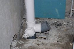 монтаж канализационного стояка