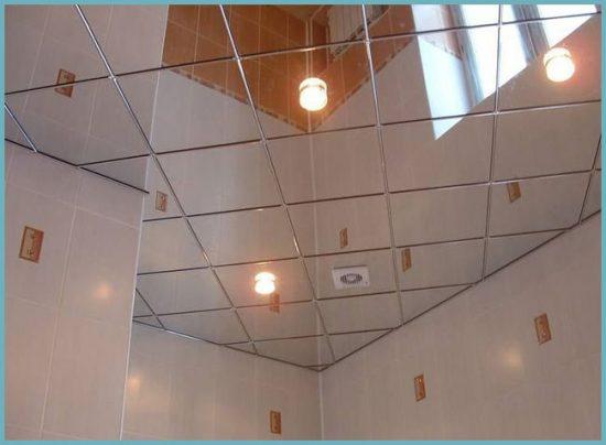 преимущества зеркального потолка
