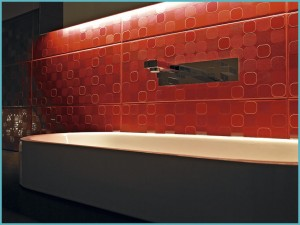 Дизайн красной ванной комнаты