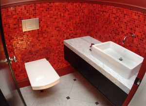 red-bathroom-designs22